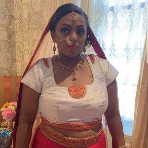 Meet your Posher, Ashanti